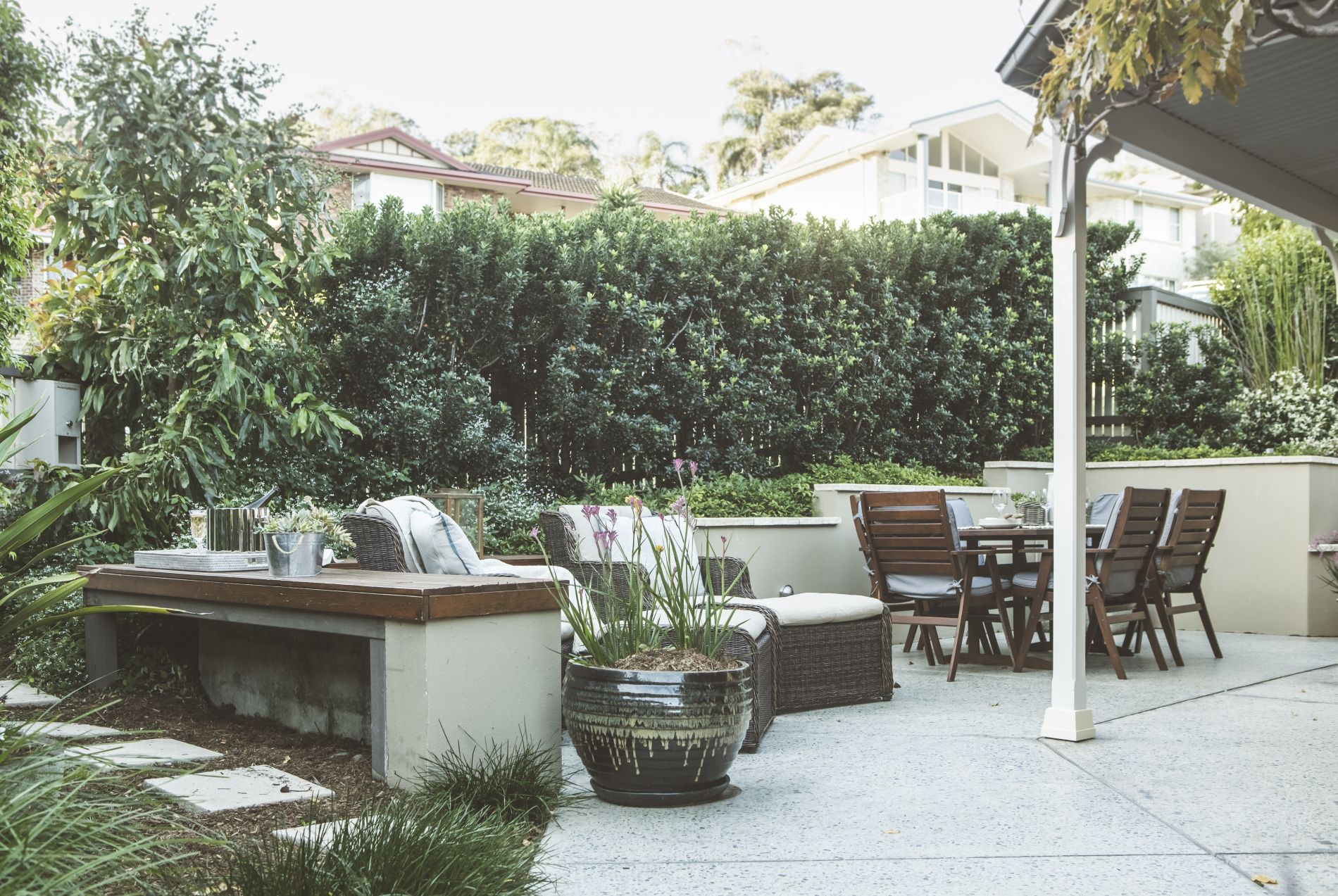 Privately landscaped outdoor entertainment space at Australian Diggers Beach Cottage